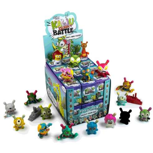 Kaiju Dunny Battle Mini Figure By Kidrobot